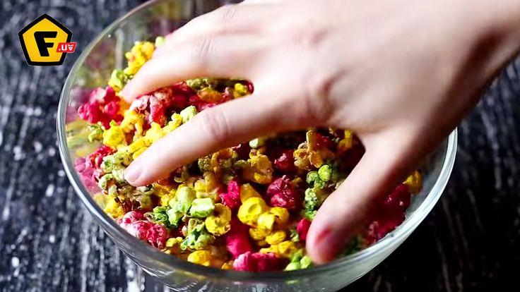 ✶ ЦВЕТНОЙ ПОПКОРН в домашних условиях ✶Как сделать Pop-corn дома ✶ Цветной рецепт ✶  Чтобы самим сделать попкорн, читайте секреты его приготовления в нашей статье → https://f.ua/articles/kak-sdelat-popk...  Рецепт. Как сделать цветной попкорн. 0:07 - сахар 200 гр 0:08 - вода 150 мл 0:18 - добавить пищевой краситель 0:25 - как покрасить поп корн в домашних условиях 0:39 - результат pop-corn