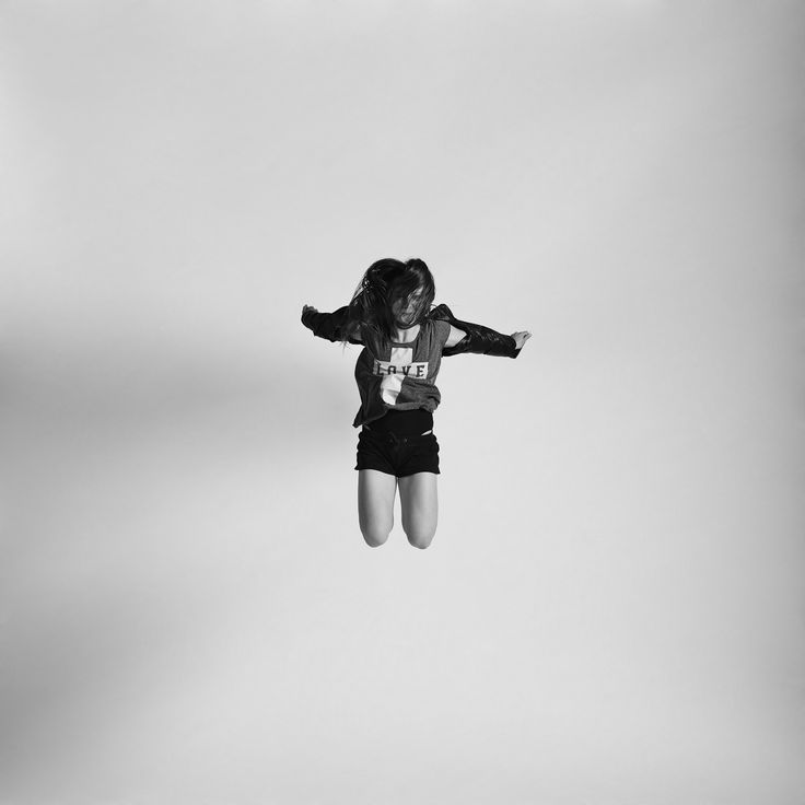Best Jumping Photos Images On Pinterest East London People - Minimalistic black white photo series captures energetic movements mid air