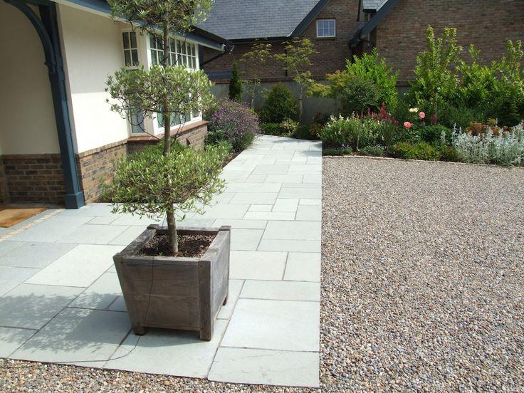 17-patio-front-entrance-paving-natural-stone-driveway-gravel-indian-sandstone-planting-garden-landscaping-company-landscape-gardener-design-east-sussex.JPG (1024×768)