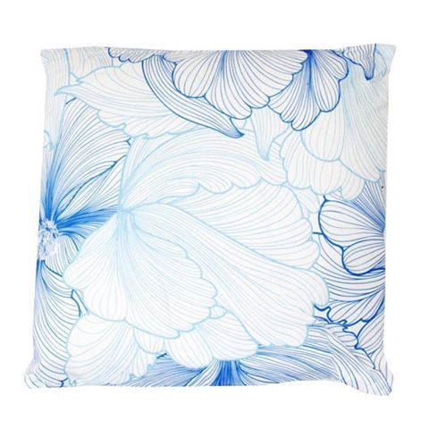 This stunning NEW Blue Flowers cushion is only $24.99! 😱 Shop now in store or online via the link in our bio. 💙