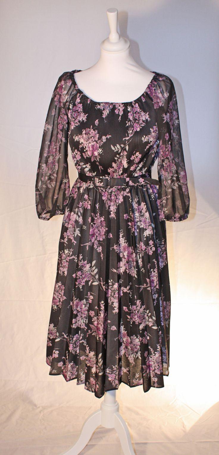 Gorgeous dress, sheer sleeves, vintage, black with purple flowerprint