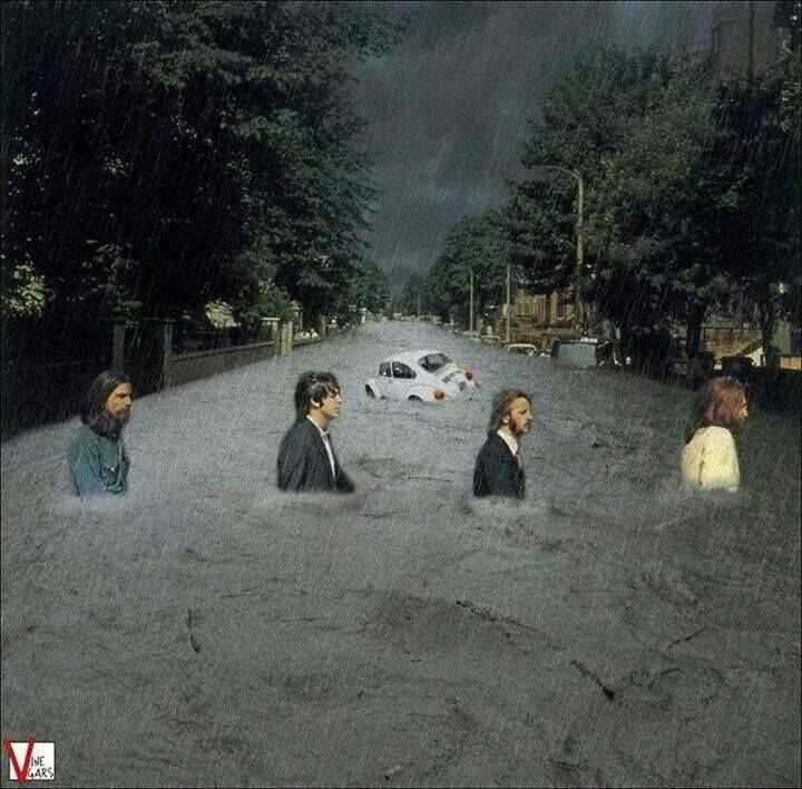 Abbey Road - The Beatles - Water
