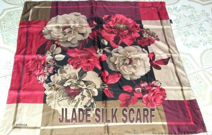 Scarf / hijab, kalo bosan dengan motif jilbab atau hijan di toko sekarang saat nya melirik jlade silk scarf untuk gaya hijab / jilbab / tudung / kerudung mu yang trendi. Minta kontak bbm 549D6FE0. Hijab of the day. Hijab street style. Scarf. Scarves. Jilbab trendi. Hijab unik. Hijabers. Hijab out fit. Jual hijab. Jual jilbab. Jilbab turki. Hijab turki