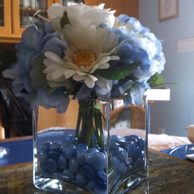 Kitchen Table Decorations For Christmas: 1000+ Ideas About Kitchen Table Centerpieces On Pinterest