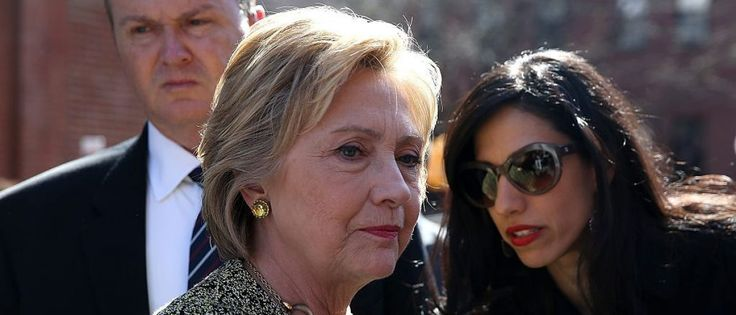 Hillary Clinton y Huma Abedin (Getty Images)