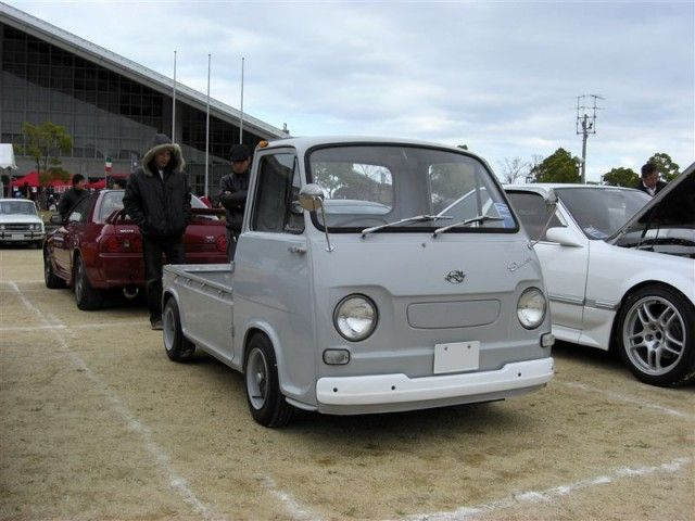 It's not fast, luxurious or particularly sexy, but the Subaru Sambar is a key part of Japan's automotive history and one of its first kei trucks. If you've ever set foot in Japan …