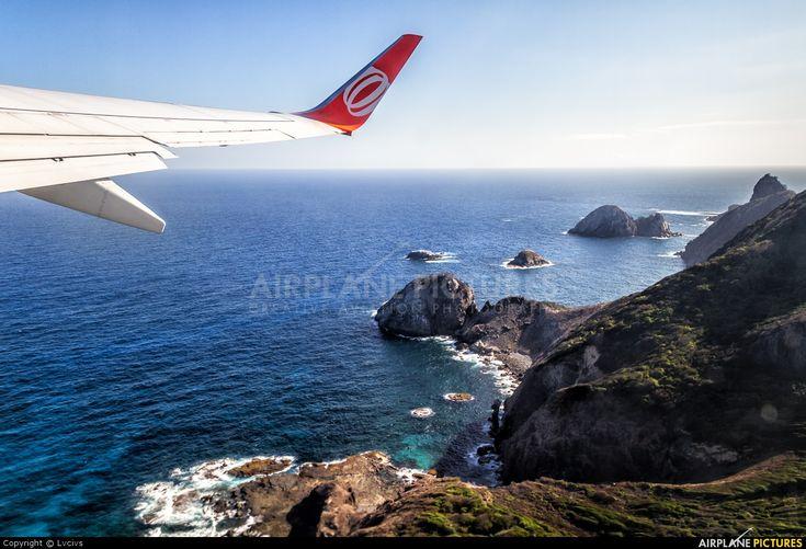 PR-GIH - GOL Transportes Aéreos Boeing 737-700 at Fernando de Noronha | ID 262595 | Airplane-Pictures.net