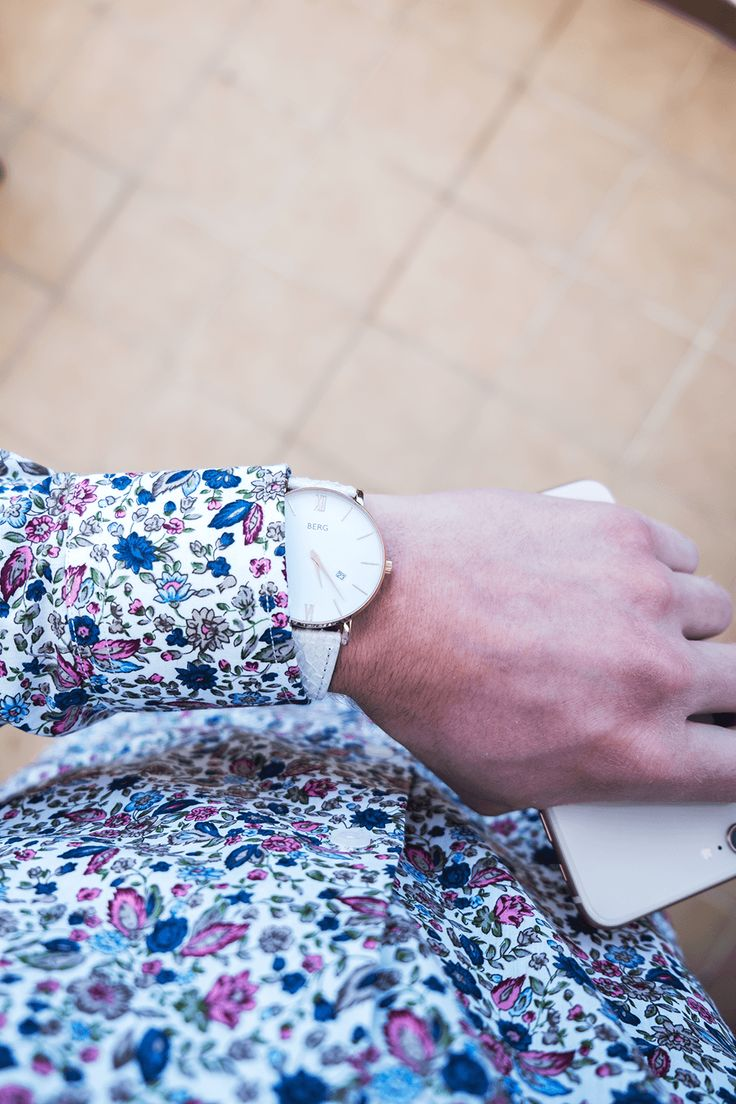 White strap with white dial! Perfect for the summer and bright colours. Get one at www.bergwatches.com #fashion #mensfashion #womensfashion #bergwatches
