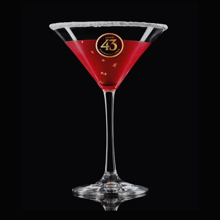 Learn how to make the Cranberry 43, a sweet and lightly spiced cocktail flavoured with cranberries and cinnamon liqueur. It's easier than it looks.
