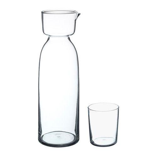 IKEA - VIKTIGT, Carafe avec verre, Chaque carafe est soufflée à la bouche par un artisan qualifié.