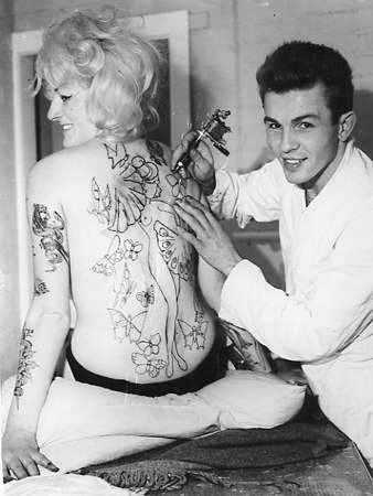 cindy ray tattooed by alan doherty vintage tattoos pinterest tattoo and tattoo vintage. Black Bedroom Furniture Sets. Home Design Ideas