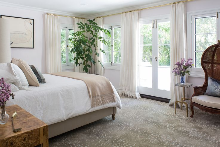 The bedroom, specifically the bed, might be our favorite part of the home. Homepolish designer Jordan Shields got to redesign four, count 'em FOUR, bedrooms in a Pasadena home.