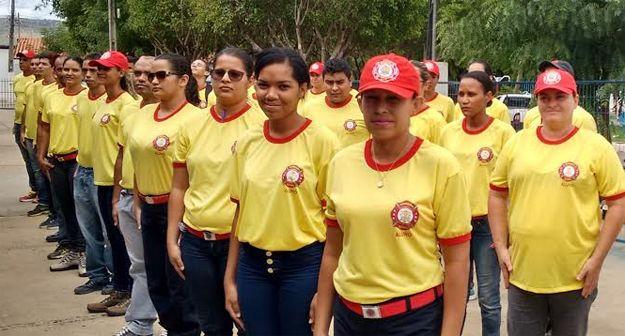 CONEXÃO BOMBEIRO : Alunos do curso de Bombeiro Civil promovem Campanh...