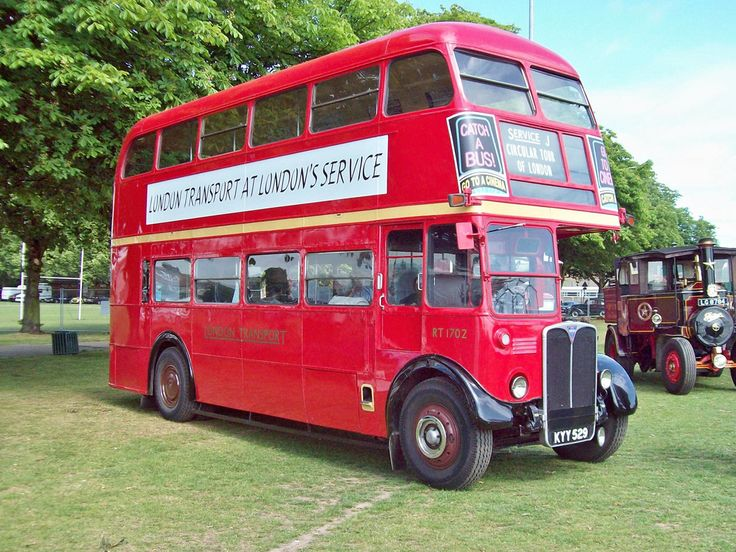 https://flic.kr/p/b6Tajk | 1 AEC Regent III RT1702 (1950) | AEC Regeent III RT (1950) Engine 9600cc Registration Number KYY 529 Fleet Number RT1702 AEC SET www.flickr.com/photos/45676495@N05/sets/72157623759781306... The AEC Regent III RT was a variant of the AEC Regent III. It was a double decker built for London Transport. The prototype was built in 1939 with the AEC 8.8 litre engine as a stop gap until their new 9.6 litre was available and an air-operated pre-selector gear box. After a…
