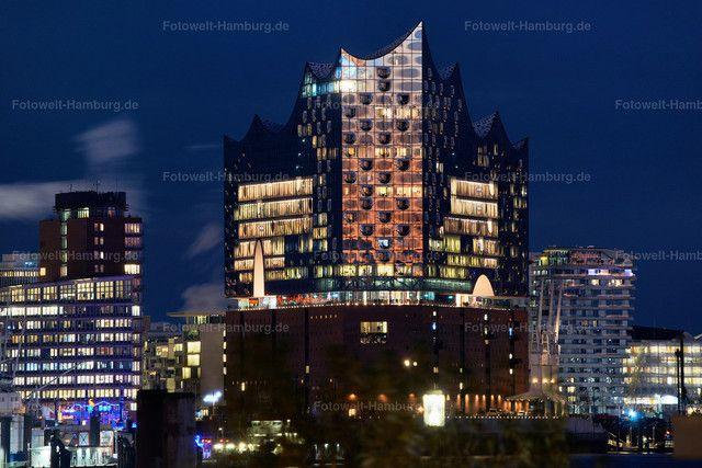 Die Elbphilharmonie In Hamburg Bei Nacht Hamburg Fotoleinwand Bilder