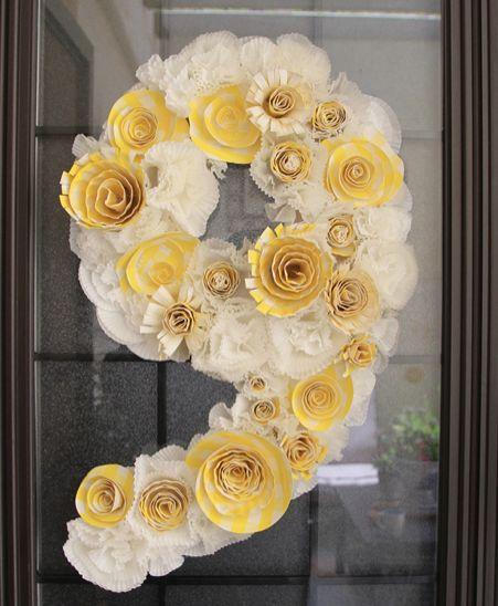 DIY Crepe Paper Flowers : DIY Birthday Wreath From Cupcake Liners +