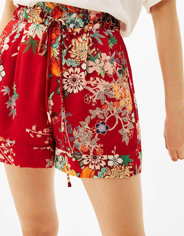 Oriental print shorts - New - Bershka United Kingdom