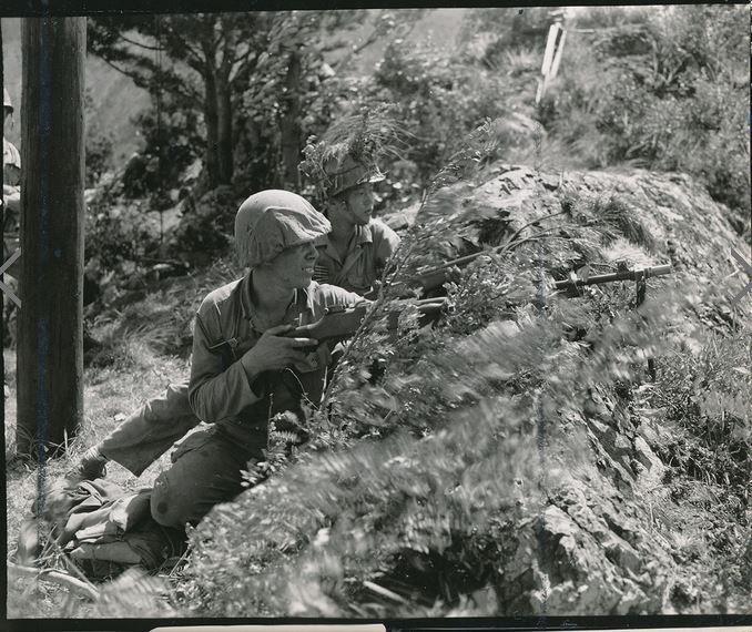 Dissent in Wars - The korean and vietnam wars
