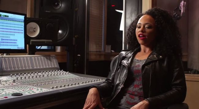 "Elle Varner Talks ""Elle Varner Experience"" on VladTv [Video]- http://getmybuzzup.com/wp-content/uploads/2014/07/elle-varner1.jpg- http://getmybuzzup.com/elle-varner-talks-elle-varner-experience-vladtv-video/- Elle Varner Talks About Bringing The ""Elle Varner Experience"" To 2014′s Essence Festival As the Essence Festival kicked off this week, some of R&B biggest acts are sharing their experiences of the festival with their fans. Enjoy this video stream a"
