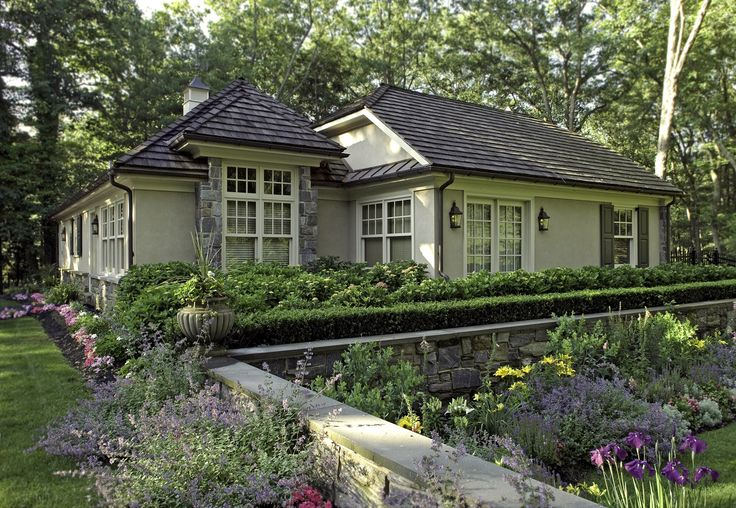 17 Best Ideas About Ranch House Landscaping On Pinterest Hill Country Homes Ranch Landscaping