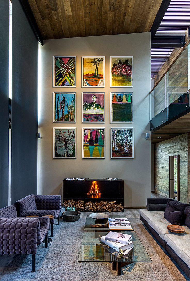 Obras de arte se prolongan a lo alto del muro del salón principal. | Galería de fotos 9 de 17 | AD MX