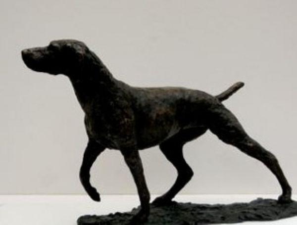 #Bronze #sculpture by #sculptor Jill Tweed titled: 'Gun Dog (Bronze field Sports Dog statues/sculptures for sale)'. #JillTweed