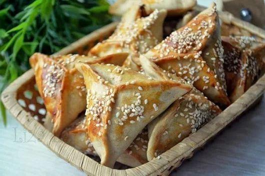 Мини-самосы с бараниной и овощами | Кулинарные Рецепты