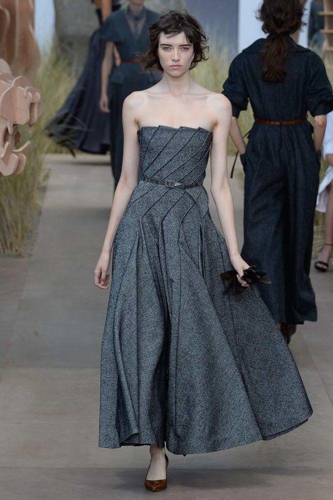 Christian Dior Fall 2017 Couture Fashion Show - Grace Hartzel (Next)