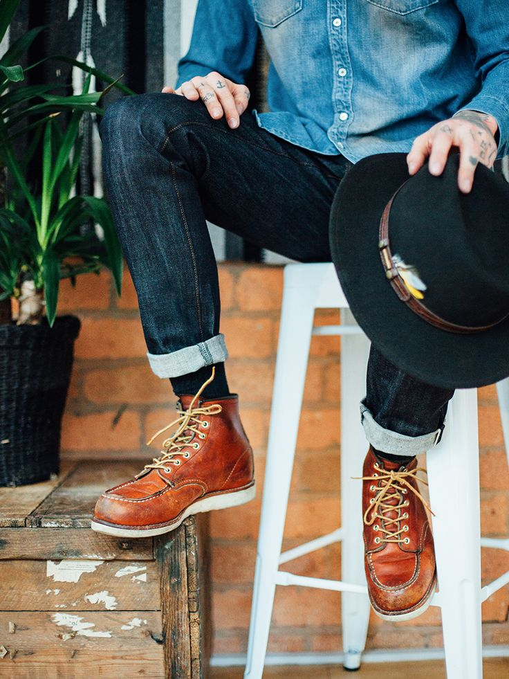 """livingby: """"Красные ботинки крыла"""""""