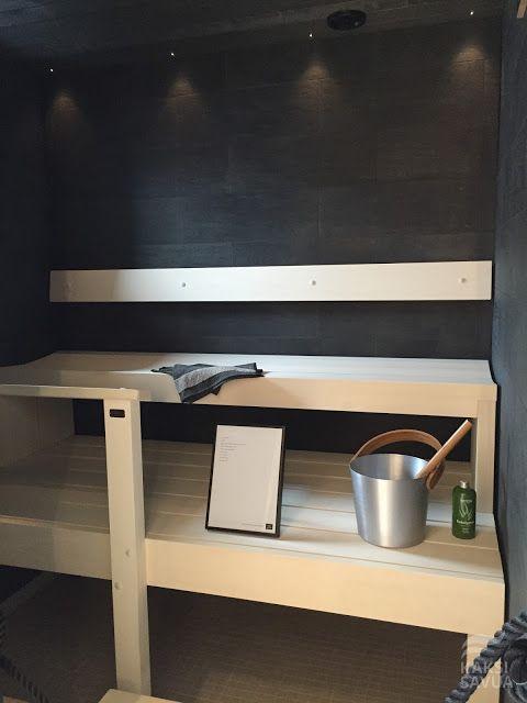 Musta sauna Vantaan asuntomessuilta.