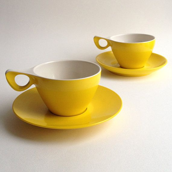 I love the way these retro tea cups look like they're winking at you.