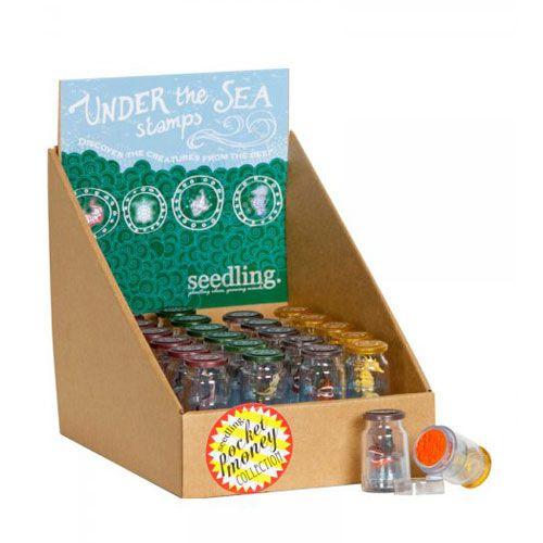 Διασκεδάστε με αυτές τις πρωτότυπες στάμπες της Seedling που βγαίνουν σε μικρό μπουκαλάκι με ένα ζωάκι της θάλασσας στο εσωτερικό τους.