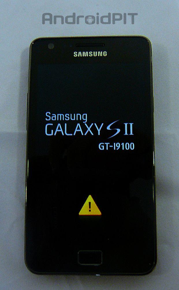Le Samsung Galaxy S2 est un des smartphones les plus simple à rooter, voici une méthode pour le faire rapidement et en toute sécurité.