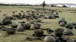 UK and Argentina mark Falklands War anniversary