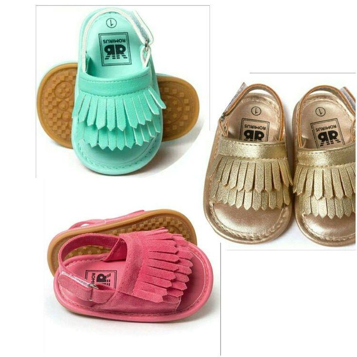 Piękne sandałki dla dziewczynki. Wkrótce w sprzedaży.  Zapraszam na stronę po więcej!!!!https://m.facebook.com/Modny-Klan-812238688925670