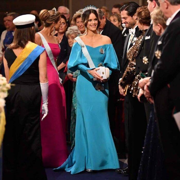 Prinsessan Sofia I Ljusbla Klanning Pa Nobel 2019 Princess Sofia Royal Dresses Princess Sofia Of Sweden