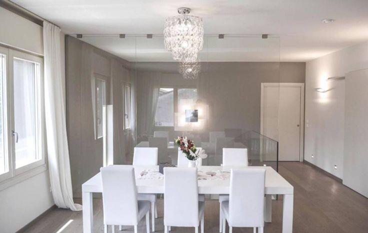 nova House : Sala da pranzo moderna di NCe Architetto