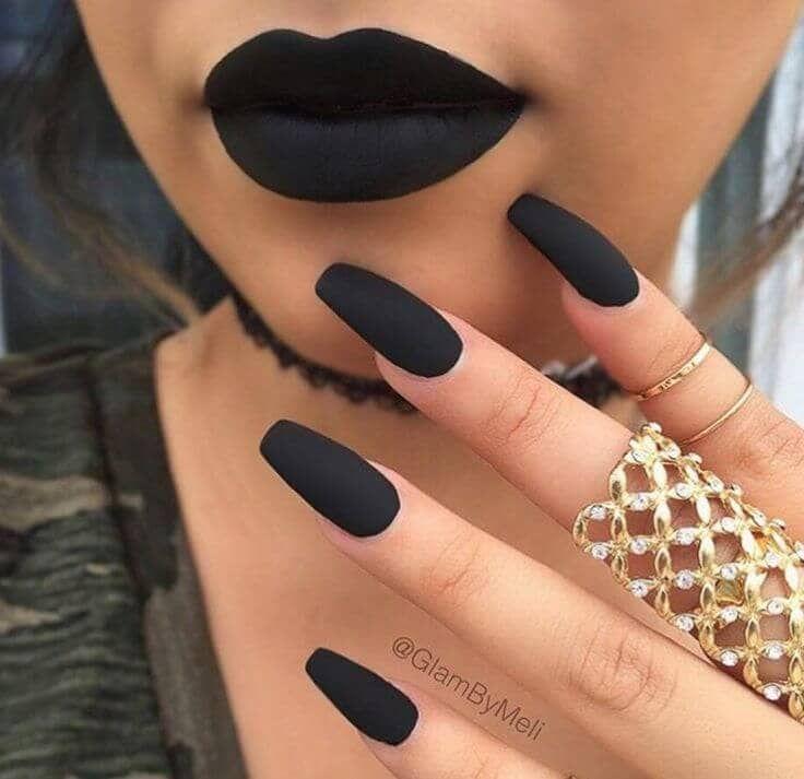 50 dramatische schwarze Acrylnagel-Designs, um Ihren Stil auf Punkt zu halten #…
