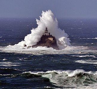 Faro de la roca de Tillamook