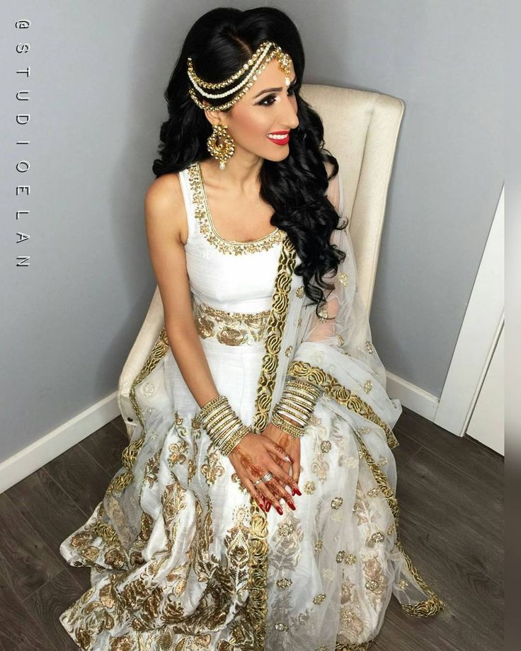 awesome vancouver wedding Bride Mandy for her engagement Hair and Makeup by @studioelan artist Sukhi Jewelry from @gehna.jewelry For bookings and inquires email studio-elan@live.ca or call 604.897.1635 ____________________ #studioelan #hudabeauty #vegas_nay #sabyasachi #bridalhair #indianwedding #sikhwedding #wakeupandmakeup #indianbride #desibride #wedluxe #punjabi #instaa_makeup #manishmalhotra #indian_wedding_inspiration #dressyourface #indianfashion #bridallengha #bridalwear...