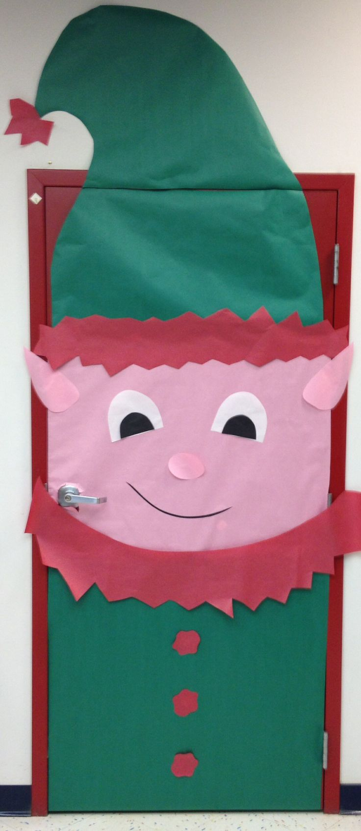 Elf door decoration school art projects pinterest for Elf door decoration