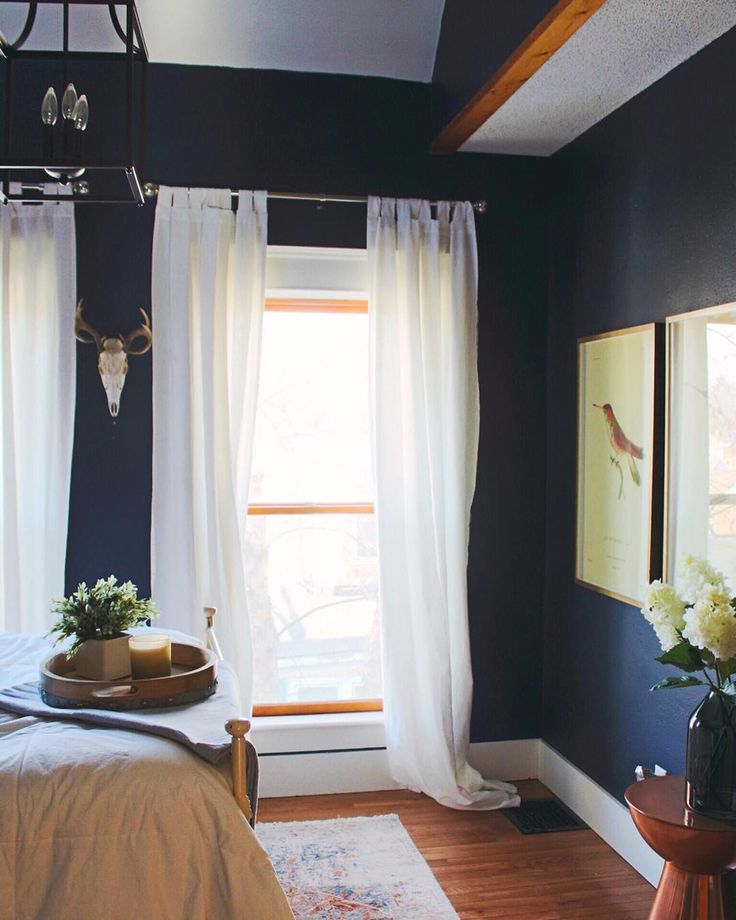 5 Beautiful Accent Wall Ideas To Spruce Up Your Home: Best 25+ Navy Paint Colors Ideas On Pinterest