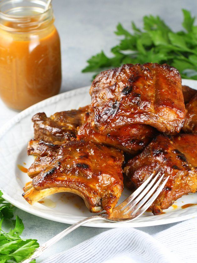 Instant Pot Baby Back Ribs Image and Recipe - EL ribs and sauce