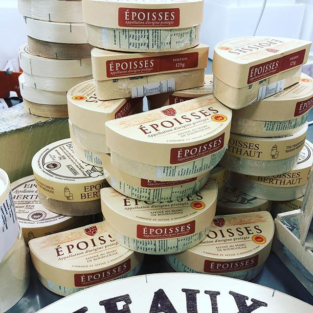 We thought we would start the year with a mountain of Epoisses. Were BAAAAAACK! #melbournecheesecave