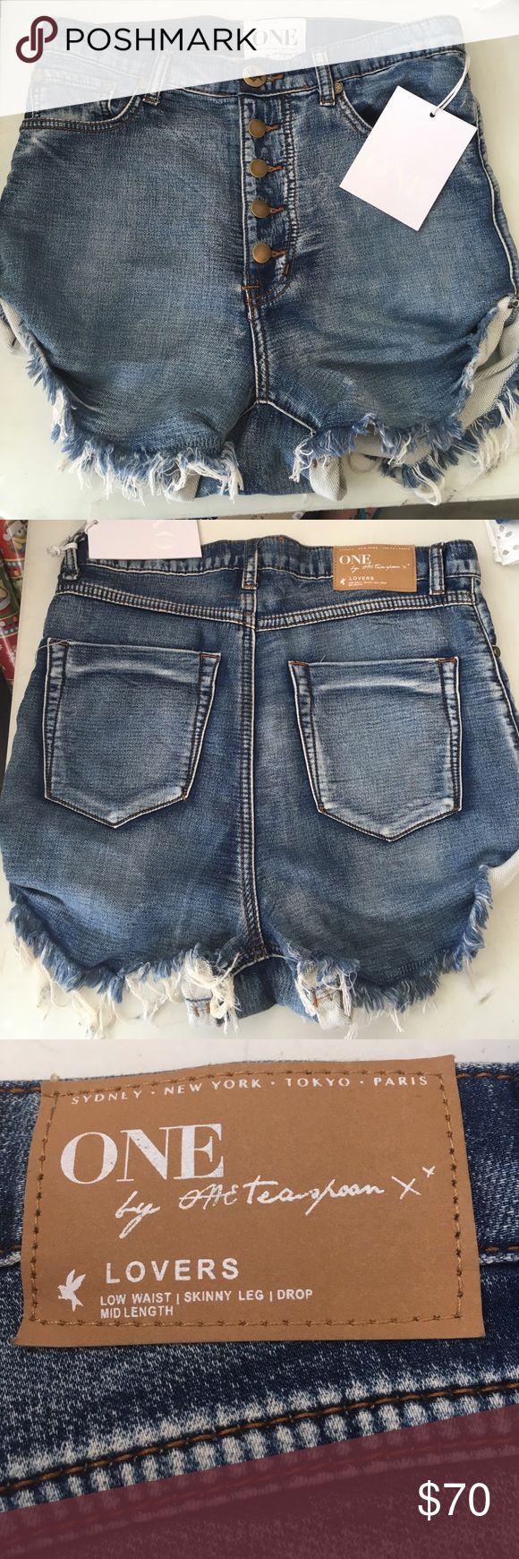 One Teaspoon Shorts NWT size 25 One Teaspoon Shorts NWT size 25 One Teaspoon Shorts Jean Shorts