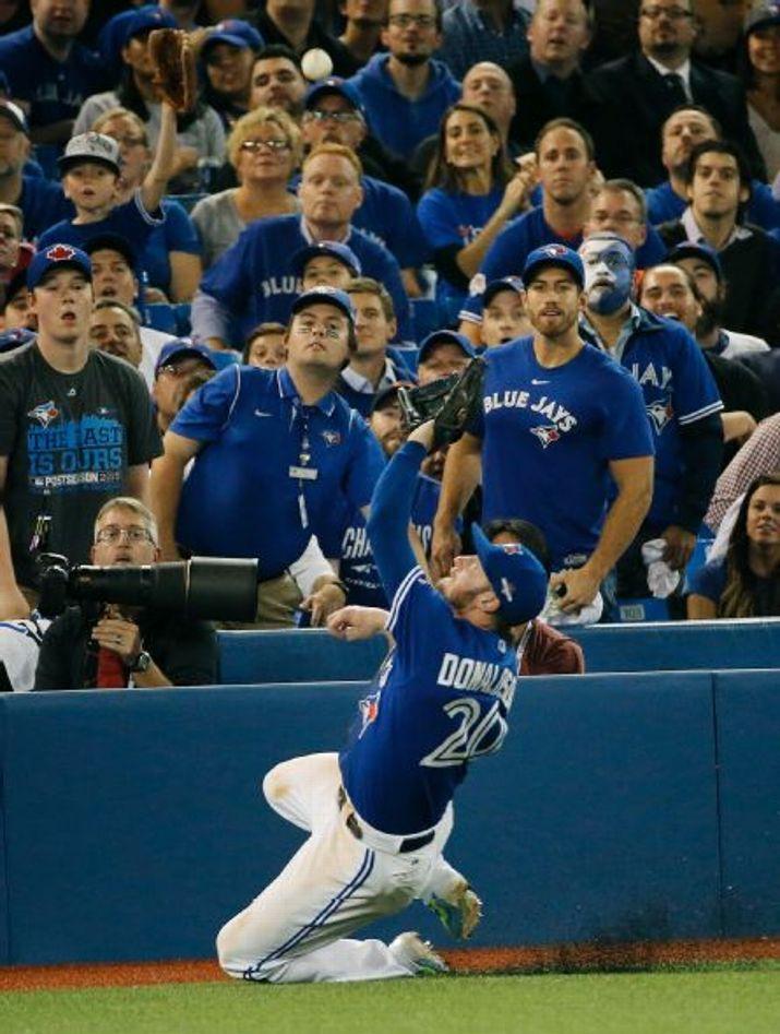 Josh Donaldson, TOR////Game 4 ALCS v KC, Oct 20,2015 (AP Photo/Matt SLocum)