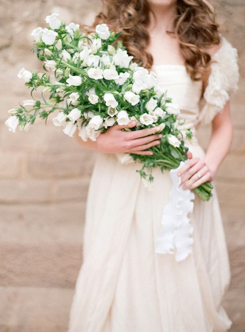 gorgeous bouquet! photo by Elizabeth Messina