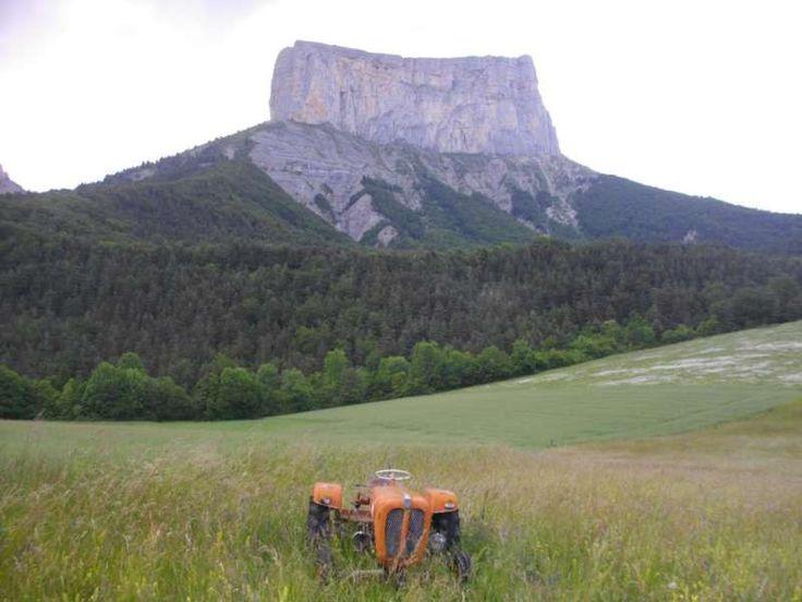 Mont-Aiguille, vue depuis Richardière - © S.Marcadella