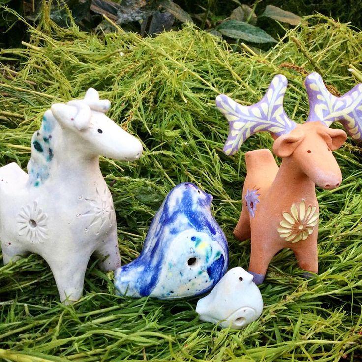 Вот такой замечательный наборчик свистулек : птички, лосик, лошадка. Сделаю на заказ за 2-3 недели. #свистулька #окарина #керамика #лошадка #лосик #лось #птичка