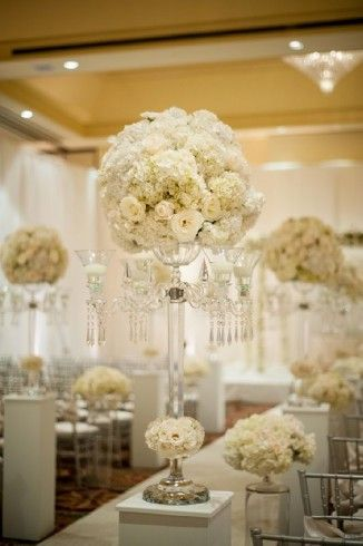 Atlanta Wedding Flowers, Bridal Bouquets, Decorations, Lounge furniture, Chiavari Chairs, Chair covers, Grace Ormonde Platinum List. Wedding Florist in Atlanta, PERFECT PETALS FLORIST